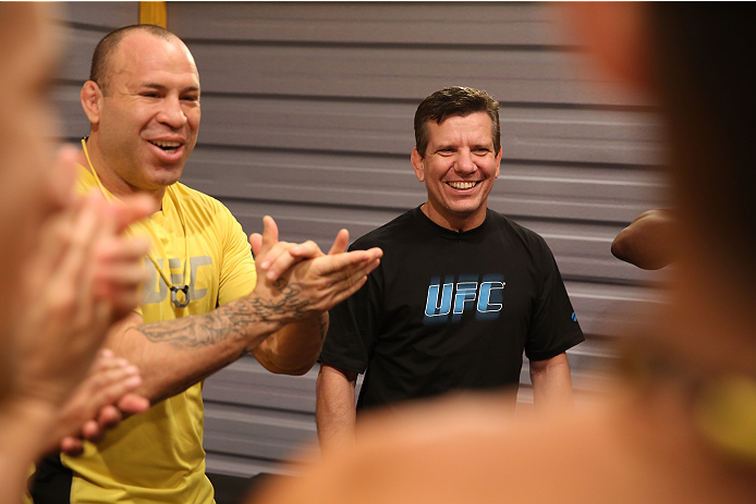 SAO PAULO, BRAZIL - FEBRUARY 6:  (L-R) Coach Wanderlei Silva gives a pre-fight speech with Andre Pederneiras to his team before Team Wanderlei fighter Ismael De Jesus faces Team Sonnen fighter Warlley Alves in their middleweight fight during season three of The Ultimate Fighter Brazil on February 6, 2014 in Sao Paulo, Brazil. (Photo by Luiz Pires Dias/Zuffa LLC/Zuffa LLC via Getty Images) *** Local Caption *** Wanderlei Silva; Andre Pederneiras