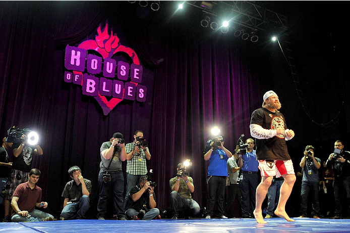 HOUSTON, TX - OCTOBER 16:  Roy 'Big Country' Nelson holds an open training session for fans and media inside House of Blues on October 16, 2013 in Houston, Texas. (Photo by Jeff Bottari/Zuffa LLC/Zuffa LLC via Getty Images) *** Local Caption *** Roy Nelson