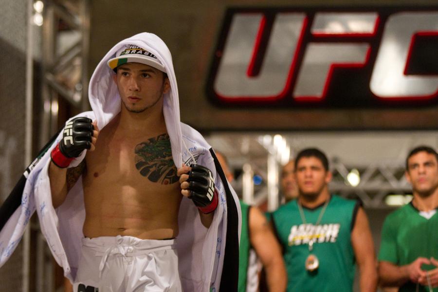 """UFC featherweight Anistavio """"Gasparzinho"""" Medeiros"""
