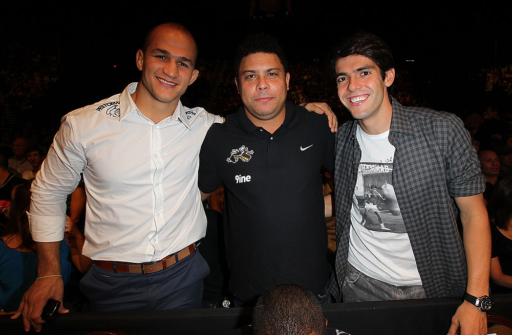 LAS VEGAS, NV - JULY 7:   (L-R) Junior dos Santos, Ronaldo & Kaka in attendance during UFC 148 inside MGM Grand Garden Arena on July 7, 2012 in Las Vegas, Nevada.  (Photo by Jeff Bottari/Zuffa LLC via Getty Images)  *** Local Caption *** Junior dos Santos; Ronaldo; Kaka