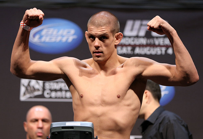 LOS ANGELES - AUGUST 03: Joe Lauzon makes weight during the UFC on FOX weigh in at Staples Center on August 3, 2012 in Los Angeles, California. (Photo by Josh Hedges/Zuffa LLC/Zuffa LLC via Getty Images)