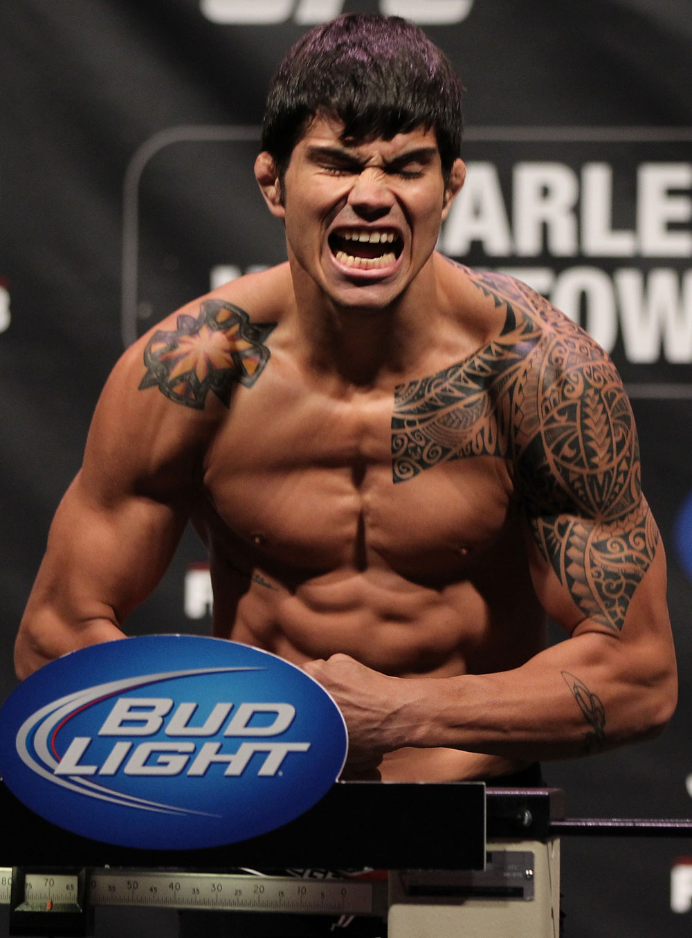 SUNRISE, FL - JUNE 07:   Erick Silva makes weight during the UFC on FX 3 official weigh in at Bank Atlantic Center on June 7, 2012 in Sunrise, Florida.  (Photo by Josh Hedges/Zuffa LLC/Zuffa LLC via Getty Images)