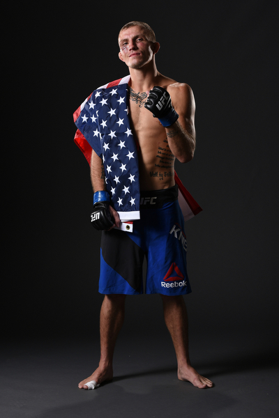 Jason Knight poses after his win over <a href='../fighter/Jim-Alers'>Jim Alers</a> at Fight Night Chicago