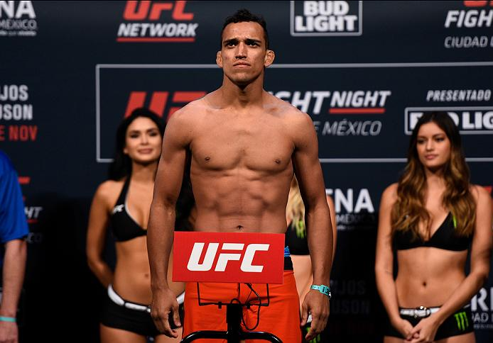 MEXICO CITY, MEXICO - NOVEMBER 04:  Charles Oliveira of Brazil steps onto the scale during the UFC weigh-in at the Arena Ciudad de Mexico on November 4, 2016 in Mexico City, Mexico. (Photo by Jeff Bottari/Zuffa LLC/Zuffa LLC via Getty Images)