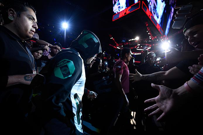 MEXICO CITY, MEXICO - NOVEMBER 05:  Erik Perez of Mexico prepares to enter the Octagon before facing Felipe Arantes of Brazil in their bantamweight bout during the UFC Fight Night event at Arena Ciudad de Mexico on November 5, 2016 in Mexico City, Mexico. (Photo by Jeff Bottari/Zuffa LLC/Zuffa LLC via Getty Images)