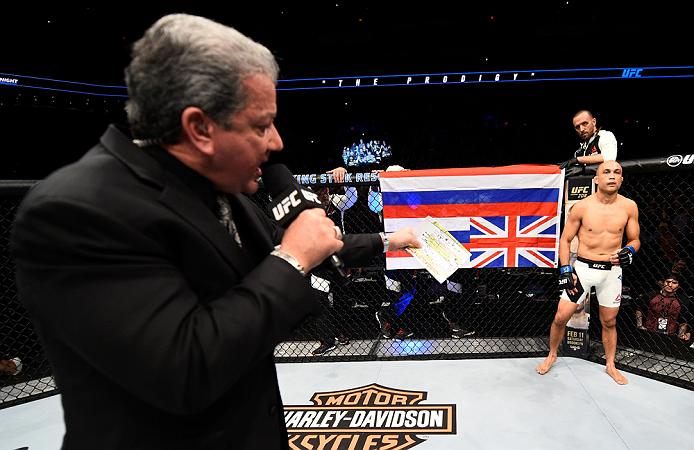 PHOENIX, AZ - JANUARY 15: Bruce Buffer introduces BJ Penn as enters the Octagon before facing Yair Rodriguez of Mexico in their featherweight bout during the UFC Fight Night event inside Talking Stick Resort Arena on January 15, 2017 in Phoenix, Arizona. (Photo by Jeff Bottari/Zuffa LLC)