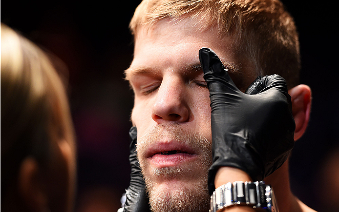 NEWARK, NJ - APRIL 18:  Chris Dempsey prepares for his middleweight bout against Eddie Gordon during the UFC Fight Night event at Prudential Center on April 18, 2015 in Newark, New Jersey.  (Photo by Josh Hedges/Zuffa LLC/Zuffa LLC via Getty Images)