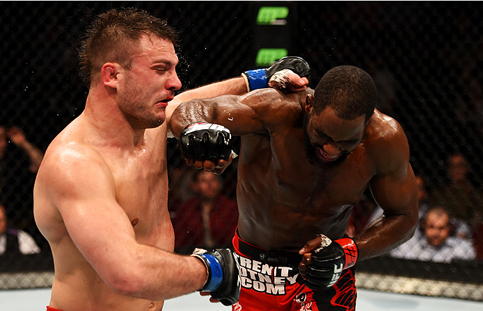 NEWARK, NJ - APRIL 18:  Corey Anderson punches Gian Villante in their light heavyweight bout during the UFC Fight Night event at Prudential Center on April 18, 2015 in Newark, New Jersey.  (Photo by Josh Hedges/Zuffa LLC/Zuffa LLC via Getty Images)