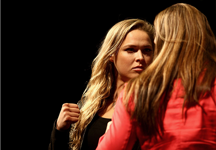 LAS VEGAS, NV - MAY 23: (L-R) UFC women's bantamweight champion Ronda Rousey and Alexis Davis square off during the UFC 175 & The Ultimate Fighter Finale On-Sale Press Conference at the MGM Grand Garden Arena on May 23, 2014 in Las Vegas, Nevada. (Photo by Brandon Magnus/Zuffa LLC/Zuffa LLC via Getty Images)