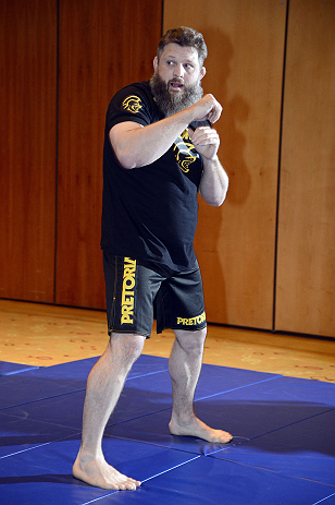 "LAS VEGAS, NV - DECEMBER 13:  UFC fighter Roy ""Big Country"" Nelson works out for the media during the Ultimate Fighter 16 Finale open workouts at The Joint at the Hard Rock Hotel and Casino on December 13, 2012 in Las Vegas, Nevada.  (Photo by Jeff Bottari/Zuffa LLC/Zuffa LLC)"