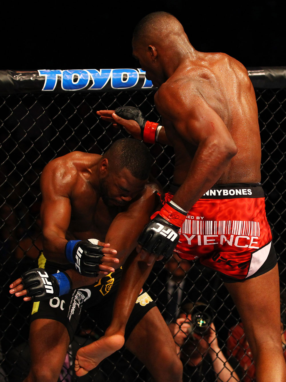 ATLANTA, GA - APRIL 21:  Jon Jones (R) knees Rashad Evans during their light heavyweight title bout for UFC 145 at Philips Arena on April 21, 2012 in Atlanta, Georgia.  (Photo by Al Bello/Zuffa LLC/Zuffa LLC via Getty Images)