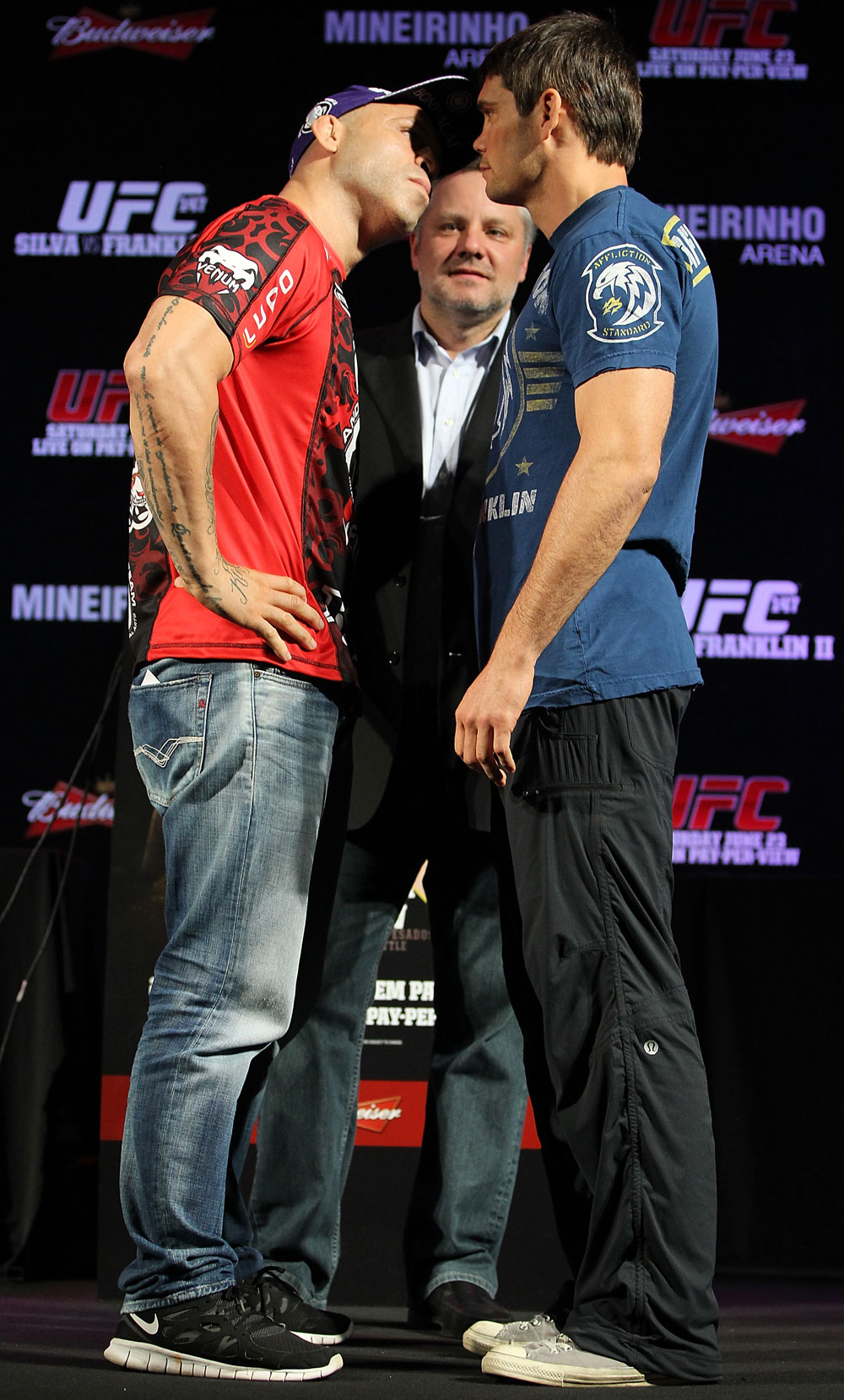 BELO HORIZONTE, BRAZIL - JUNE 21:   (L-R) Opponents Wanderlei Silva and Rich Franklin face off during the UFC 147 press conference at Ouro Minas Palace on June 21, 2012 in Belo Horizonte, Brazil.  (Photo by Josh Hedges/Zuffa LLC/Zuffa LLC via Getty Images)