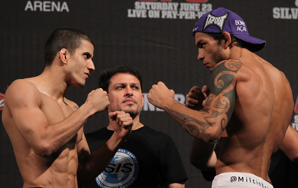 BELO HORIZONTE, BRAZIL - JUNE 22:   (L-R) Opponents Felipe Arantes and Milton Vieira face off after making weight during the UFC 147 weigh in at Est&Atilde;&iexcl;dio Jornalista Felipe Drummond on June 22, 2012 in Belo Horizonte, Brazil.  (Photo by Josh Hedges/Zuffa LLC/Zuffa LLC via Getty Images)