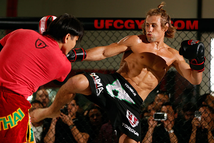 TORRANCE, CA - FEBRUARY 20:  Urijah Faber conducts an open training session for fans and media at the UFC Gym on February 20, 2013 in Torrance, California.  (Photo by Josh Hedges/Zuffa LLC/Zuffa LLC via Getty Images)