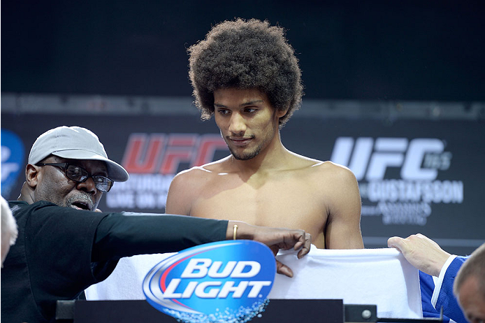 TORONTO, CANADA - SEPTEMBER 20:  Alex Caceres weighs in during the UFC 165 weigh-in at the Maple Leaf Square on September 20, 2013 in Toronto, Ontario, Canada. (Photo by Jeff Bottari/Zuffa LLC/Zuffa LLC via Getty Images)