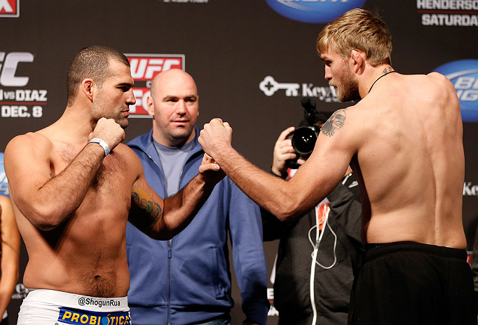"SEATTLE, WA - DECEMBER 07:  (L-R) Opponents Mauricio ""Shogun"" Rua and Alexander Gustafsson face off during the official UFC on FOX weigh in on December 7, 2012 at Key Arena in Seattle, Washington.  (Photo by Josh Hedges/Zuffa LLC/Zuffa LLC via Getty Images)"