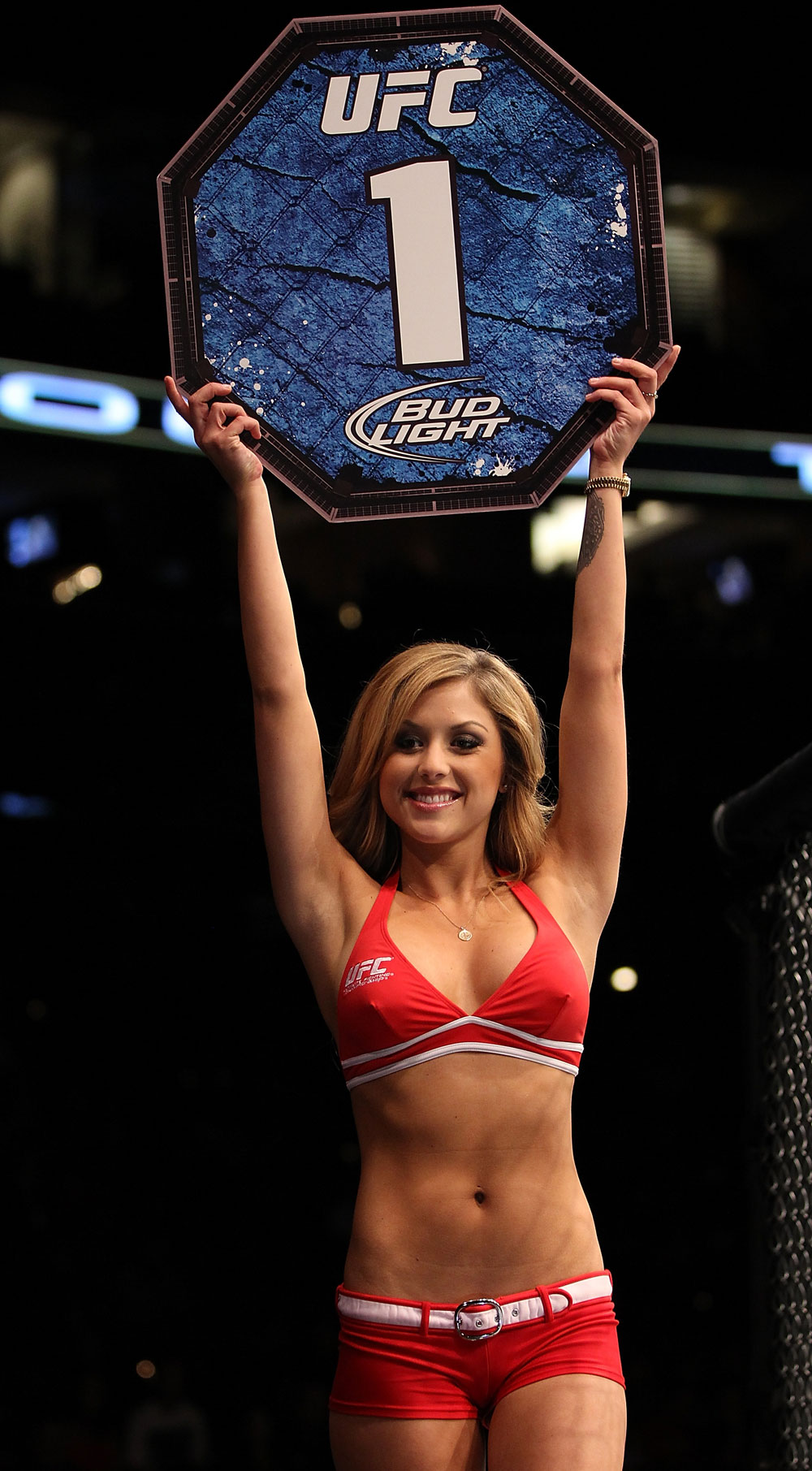http://media.ufc.tv/photo_galleries/UFConFX_Johnson_v_McCall/13_UFConFX_01.jpg
