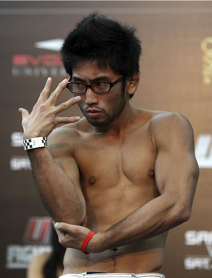 SINGAPORE - JANUARY 03: Shunichi Shimizu during the UFC Fight Night Singapore Weigh-in at the Shoppes at Marina Bay Sands on January 3, 2014 in Singapore. (Photo by Mitch Viquez/Zuffa LLC/Zuffa LLC via Getty Images)