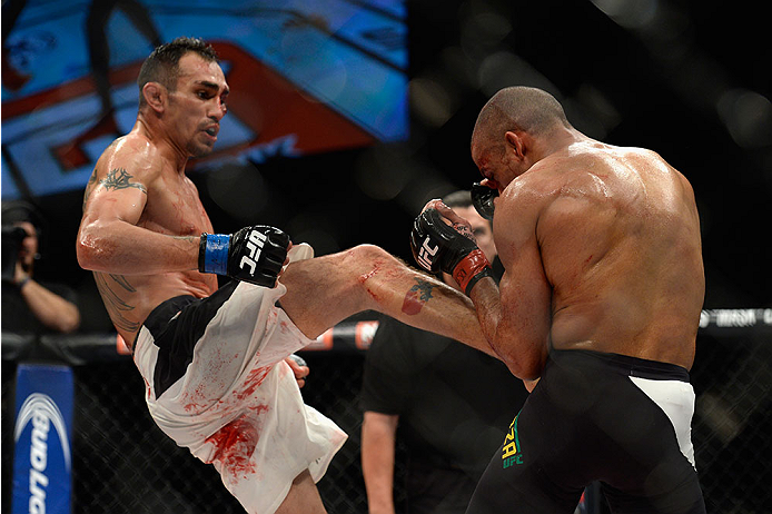 LAS VEGAS, NV - DECEMBER 11: (L-R) Tony Ferguson kicks Edson Barboza in their lightweight bout during the TUF Finale event inside The Chelsea at The Cosmopolitan of Las Vegas on December 11, 2015 in Las Vegas, Nevada.  (Photo by Brandon Magnus/Zuffa LLC/Zuffa LLC via Getty Images) *** Local Caption *** Edson Barboza; Tony Ferguson