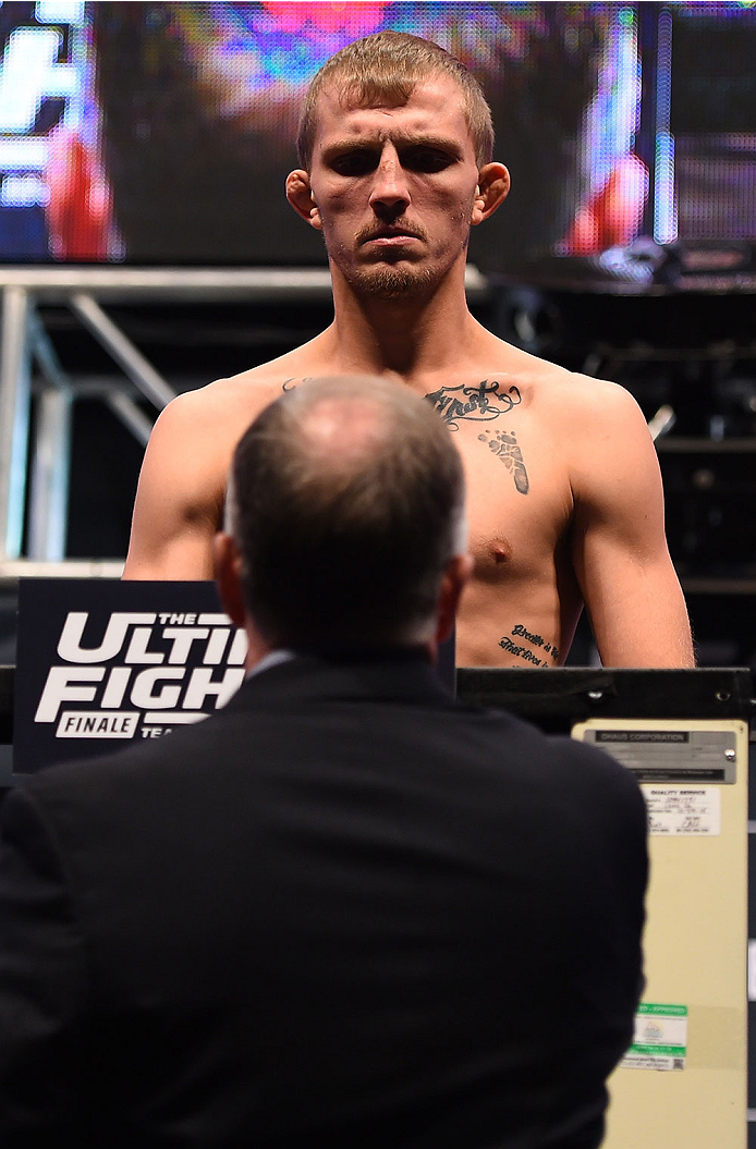 LAS VEGAS, NV - DECEMBER 10:  Jason Knight weighs in during the UFC weigh-in inside MGM Grand Garden Arena on December 10, 2015 in Las Vegas, Nevada.  (Photo by Josh Hedges/Zuffa LLC/Zuffa LLC via Getty Images)