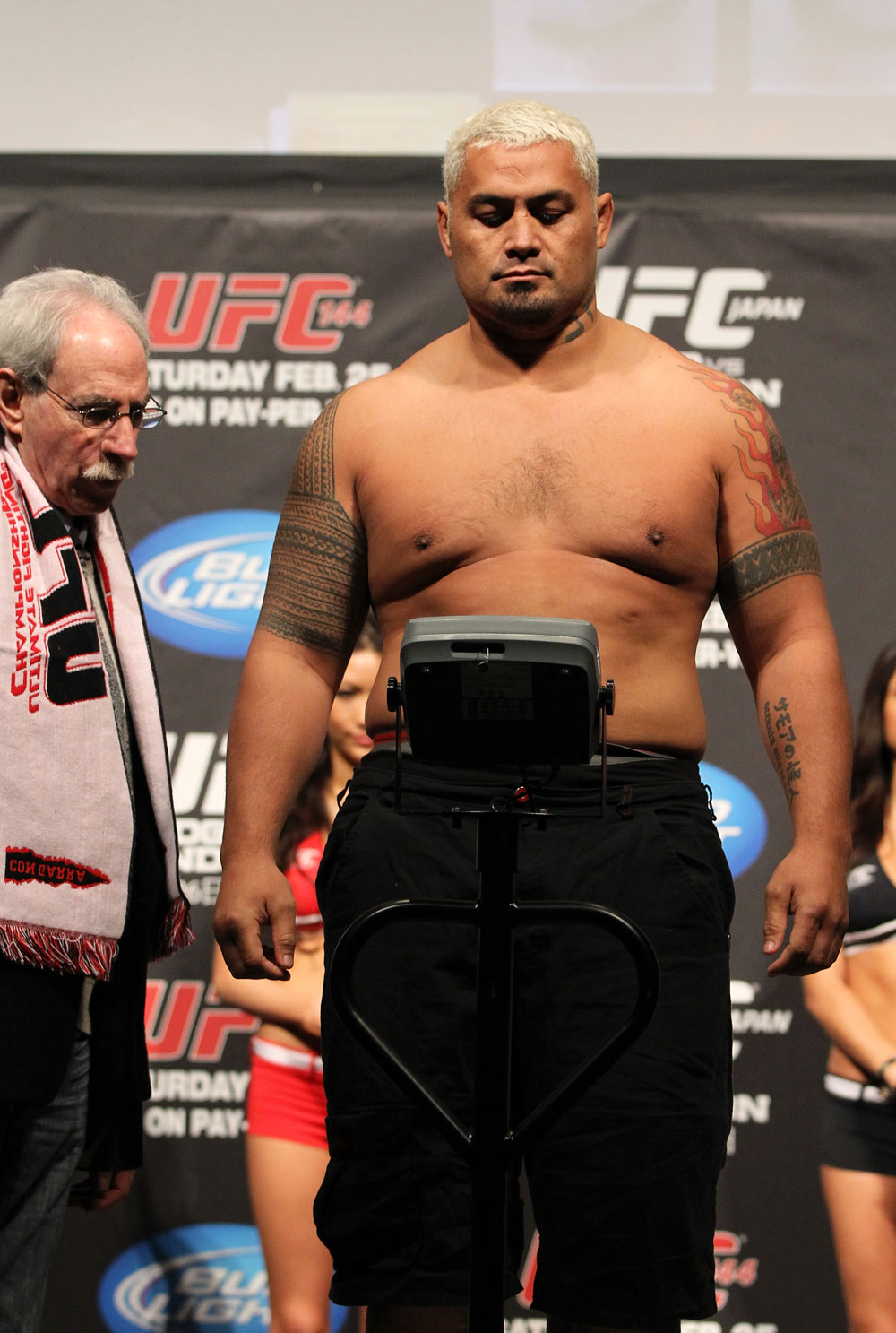 SAITAMA, JAPAN - FEBRUARY 25:  Mark Hunt weighs in during the official UFC 144 weigh in at the Saitama Super Arena on February 25, 2012 in Saitama, Japan.  (Photo by Josh Hedges/Zuffa LLC/Zuffa LLC via Getty Images) *** Local Caption *** Mark Hunt