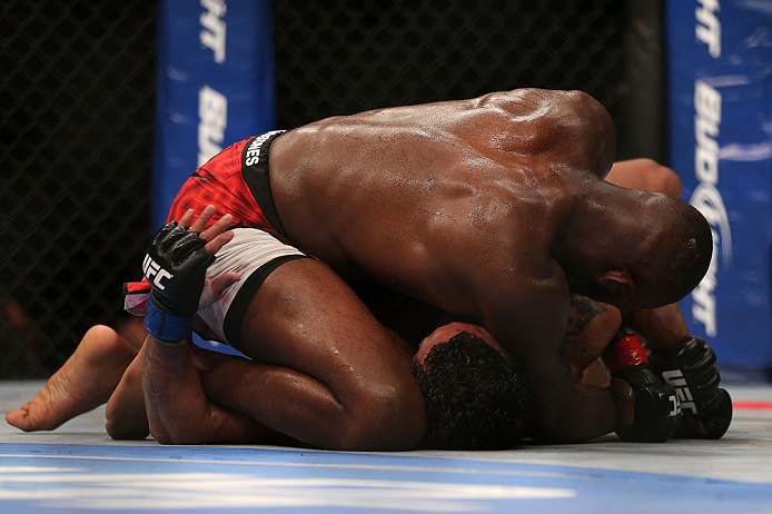 TORONTO, CANADA - SEPTEMBER 22: Jon &#39;&#39;Bones&#39;&#39; Jones (top) defeats Vitor Belfort with an Americana submission during their light heavyweight championship bout at UFC 152 inside Air Canada Centre on September 22, 2012 in Toronto, Ontario, Canada. (Photo by Josh Hedges/Zuffa LLC/Zuffa LLC via Getty Images)