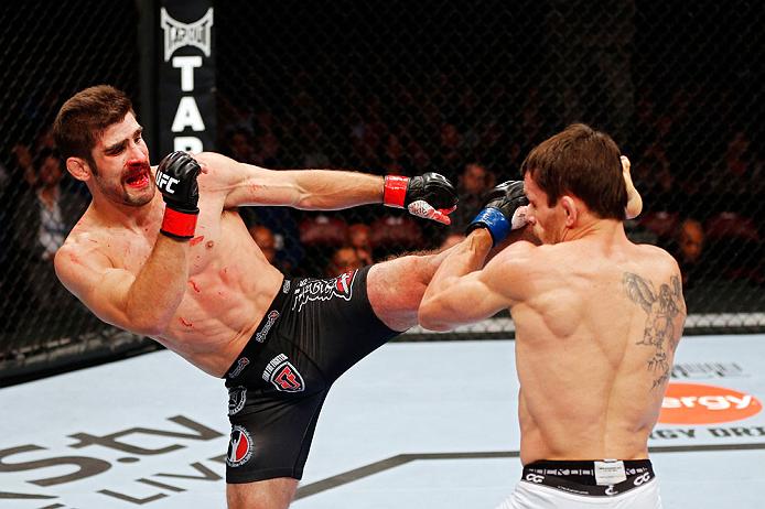 UFC featherweight Antonio Carvalho