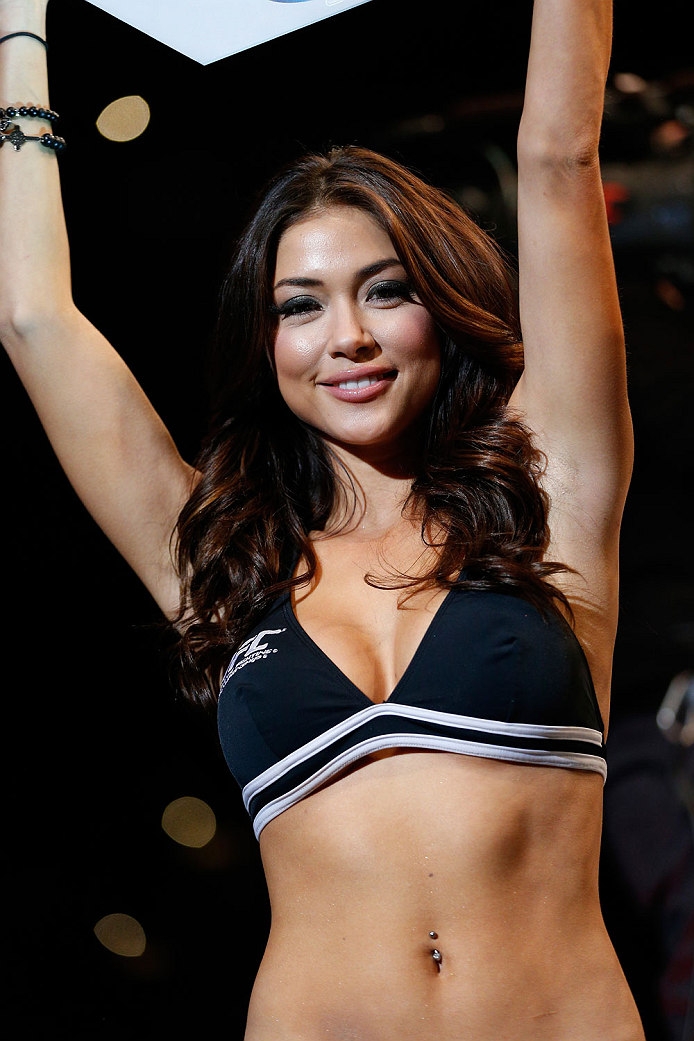 BALTIMORE, MD - APRIL 26: UFC Octagon Girl Arianny Celeste introduces a round during the UFC 172 event at the Baltimore Arena on April 26, 2014 in Baltimore, Maryland. (Photo by Josh Hedges/Zuffa LLC/Zuffa LLC via Getty Images)