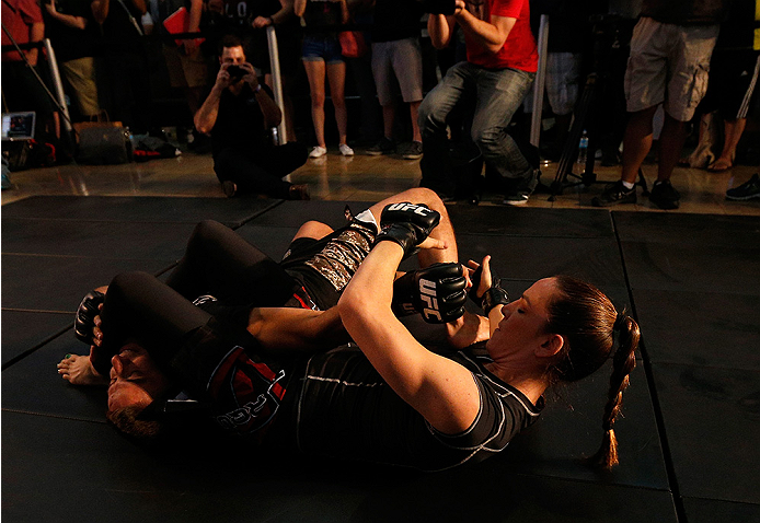 LAS VEGAS, NV - JULY 02:  Alexis Davis holds an open training session ahead of UFC 175 at the Fashion Show Mall on July 2, 2014 in Las Vegas, Nevada.  (Photo by Josh Hedges/Zuffa LLC/Zuffa LLC via Getty Images)