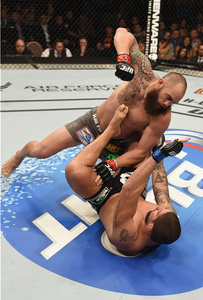 Ufc Seeking Latina Ring Card Girl: Travis Browne: Here And Now