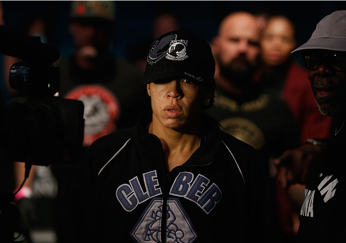 Reneau makes her way to the Octagon