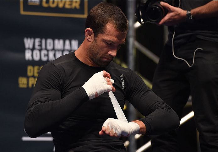LAS VEGAS, NV - DECEMBER 10:   Luke Rockhold works out for fans and media during the UFC 194 open workouts inside MGM Grand Garden Arena on December 10, 2015 in Las Vegas, Nevada.  (Photo by Josh Hedges/Zuffa LLC/Zuffa LLC via Getty Images)