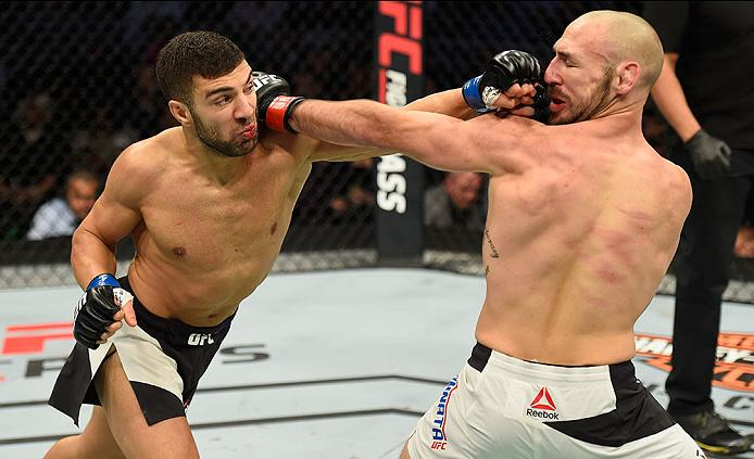 LAS VEGAS, NV - MARCH 04: (L-R) David Teymur of Sweden punches Lando Vannata in their lightweight bout during the UFC 209 event at T-Mobile Arena on March 4, 2017 in Las Vegas, Nevada. (Photo by Josh Hedges/Zuffa LLC)