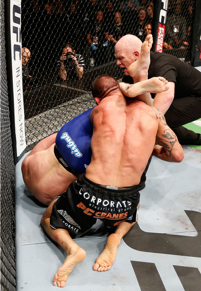 AUCKLAND, NEW ZEALAND - JUNE 28:  (L-R) Nate Marquardt secures an arm bar submission against James Te Huna in their middleweight fight during the UFC Fight Night event at Vector Arena on June 28, 2014 in Auckland, New Zealand.  (Photo by Josh Hedges/Zuffa LLC/Zuffa LLC via Getty Images)