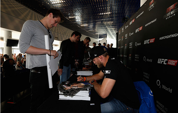 BERLIN, GERMANY - MAY 30:  Alexander Gustafsson signs autographs after the UFC weigh-in at O2 World on May 30, 2014 in Berlin, Germany.  (Photo by Boris Streubel/Zuffa LLC/Zuffa LLC via Getty Images)