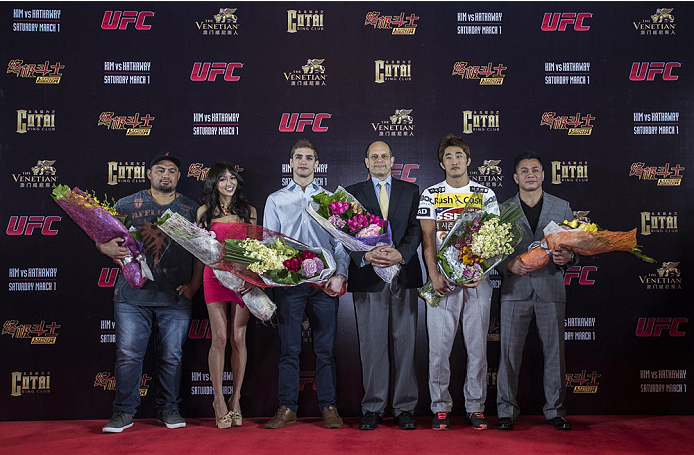 MACAU - FEBRUARY 27:  (L-R) Mark Hunt, Azusa Nishigaki, John Hathaway, Mark Fischer, Dong Hyun Kim and Cung Le pose for media during UFC Fight Night Macao: Kim vs. Hathaway Media Day at Venetian Macau on February 27, 2014 in Macau, Macau. (Photo by Xaume Olleros/Zuffa LLC)
