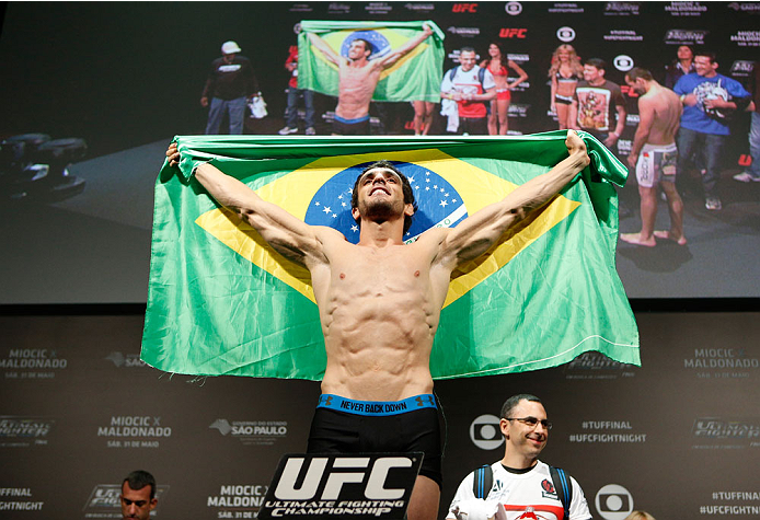 SAO PAULO, BRAZIL - MAY 30:  Elias Silverio weighs in during the UFC Fight Night weigh-in at the Ginasio do Ibirapuera on May 30, 2014 in Sao Paulo, Brazil.  (Photo by Josh Hedges/Zuffa LLC/Zuffa LLC via Getty Images)