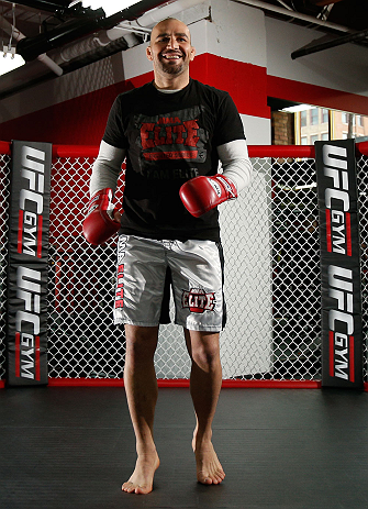 CHICAGO, IL - JANUARY 23:  Glover Teixeira conducts an open workout session for media on January 23, 2013 at UFC Gym in Chicago, Illinois. (Photo by Josh Hedges/Zuffa LLC/Zuffa LLC via Getty Images)