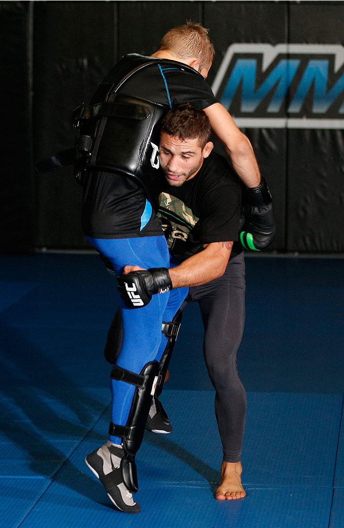 SACRAMENTO, CA - DECEMBER 11:  Chad Mendes holds and open training session for media at Ultimate Fitness on December 11, 2013 in Sacramento, California. (Photo by Josh Hedges/Zuffa LLC/Zuffa LLC via Getty Images)