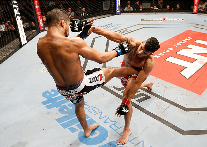 JARAGUA DO SUL, BRAZIL - FEBRUARY 15:  (R-L) Felipe Arantes punches Maximo Blanco in their featherweight fight during the UFC Fight Night event at Arena Jaragua on February 15, 2014 in Jaragua do Sul, Santa Catarina, Brazil. (Photo by Josh Hedges/Zuffa LLC/Zuffa LLC via Getty Images)