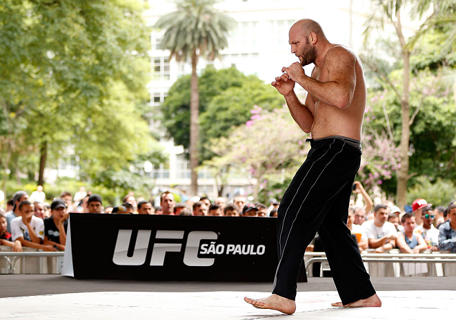SAO PAULO, BRAZIL - JANUARY 16:  Ben Rothwell participates in an open workout session for media and fans on January 16, 2013 at Parque Anhangabau in Sao Paulo, Brazil. (Photo by Josh Hedges/Zuffa LLC/Zuffa LLC via Getty Images)