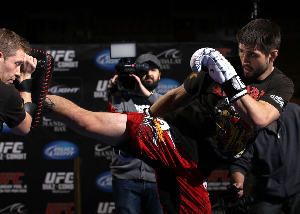 LAS VEGAS, NV - FEBRUARY 01:  Carlos Condit works out for the media and fans during the UFC 143 open workouts at Mandalay Bay Events Center on February 1, 2012 in Las Vegas, United States.  (Photo by Josh Hedges/Zuffa LLC/Zuffa LLC via Getty Images) *** Local Caption *** Carlos Condit