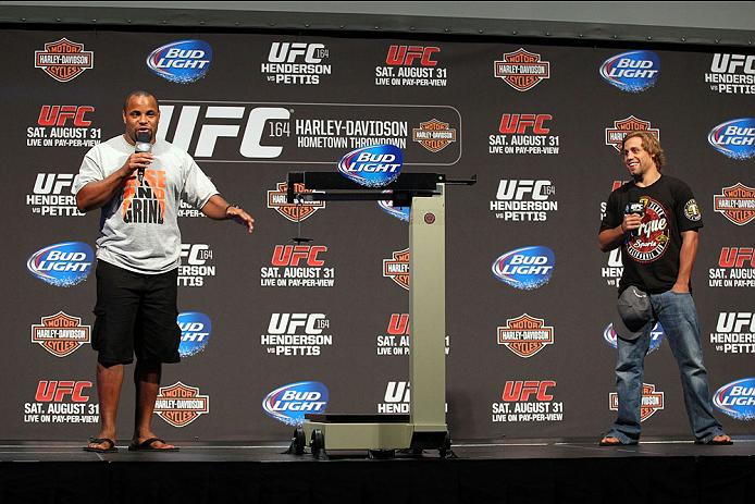 UFC 164 計量ギャラリー | UFC ®...