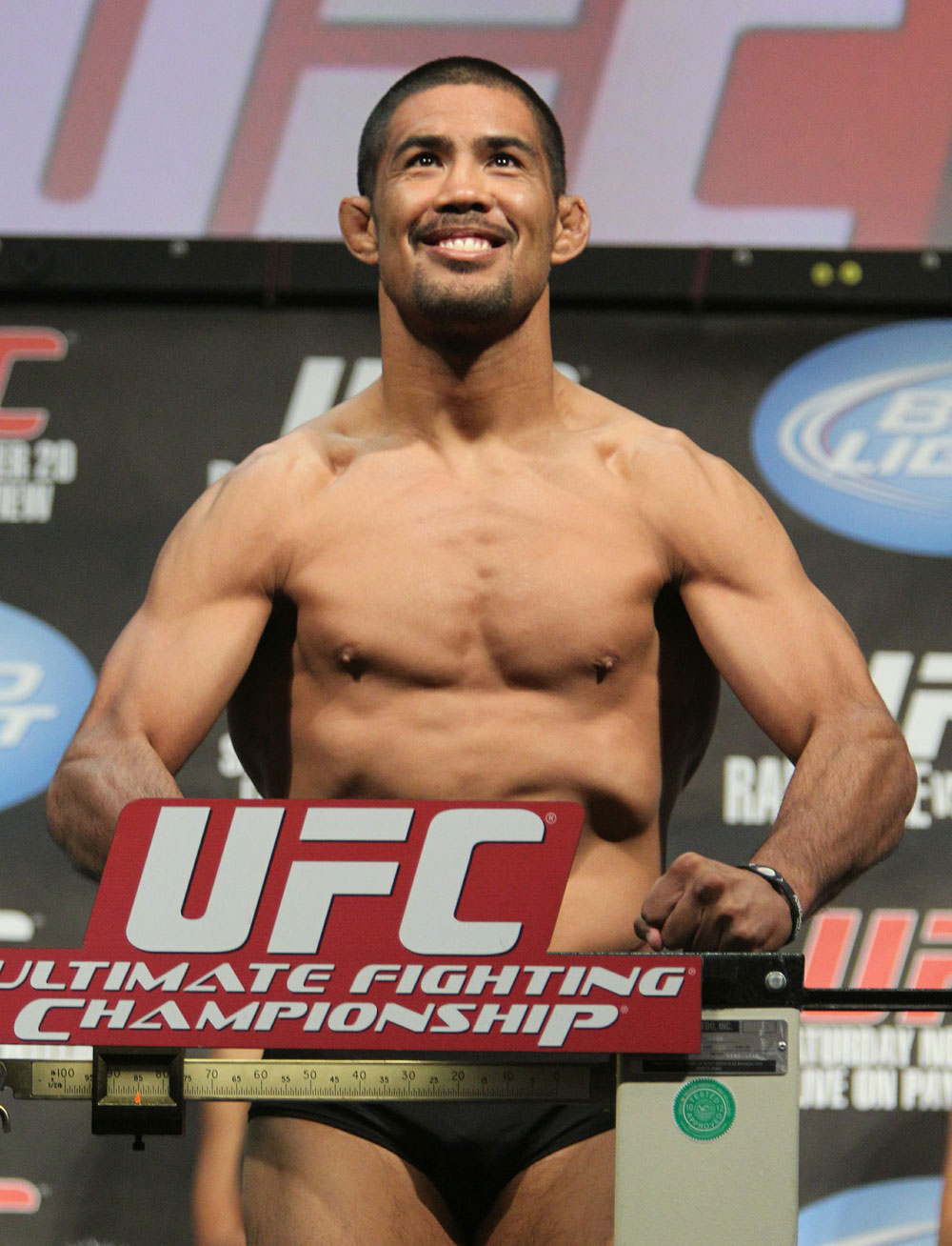 Mark Munoz weighs in at 185 lbs at the UFC 123 weigh-in at the Palace of Auburn Hills on November 19, 2010 in Auburn Hills, Michigan.  (Photo by Josh Hedges/Zuffa LLC/Zuffa LLC via Getty Images)