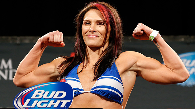 Zingano poses at the UFC 178 weigh-ins