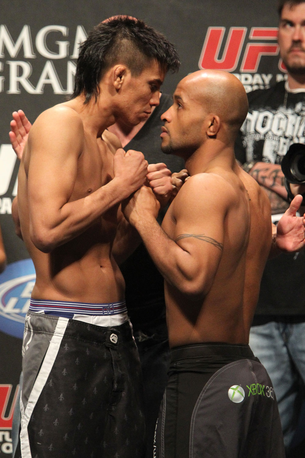 UFC 130 Weigh-ins: Miguel Angel Torres vs. Demetrious Johnson