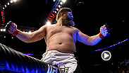 Cheick Kongo may have the classic fighter physique, but it's Roy Nelson who packs that powerful heavyweight punch as he demonstrated in this bout at UFC 159.
