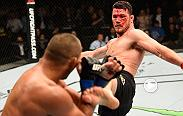 UFC minute Lisa Foiles recaps UFC 204. Michael Bisping defended his UFC middleweight title gainst Dan Henderson; Gegard Mousasi took out Vitor Belfort; And Jimi Manuwa knocked out Ovince Saint Preux.
