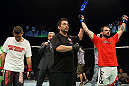 Jeff Hougland scores a unanimous decision victory over Donny Walker