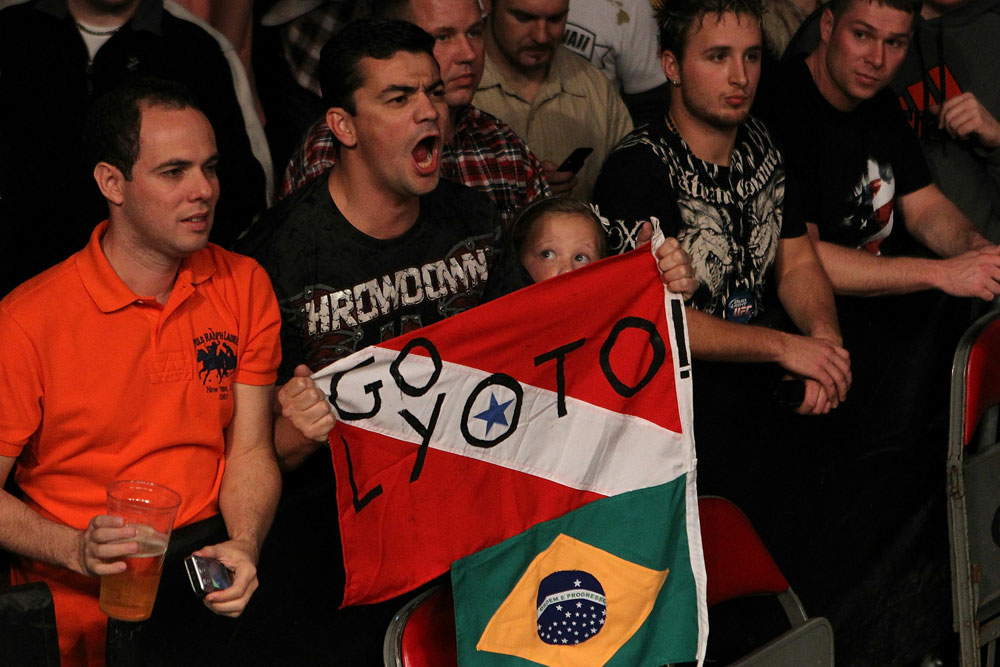 UFC 123: Fans of Lyoto Machida cheer him on